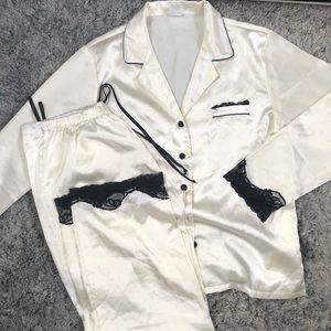 Other - Silky cream coloured pajama set